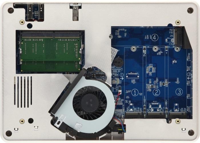 QNAP TBS-453DX NASbook